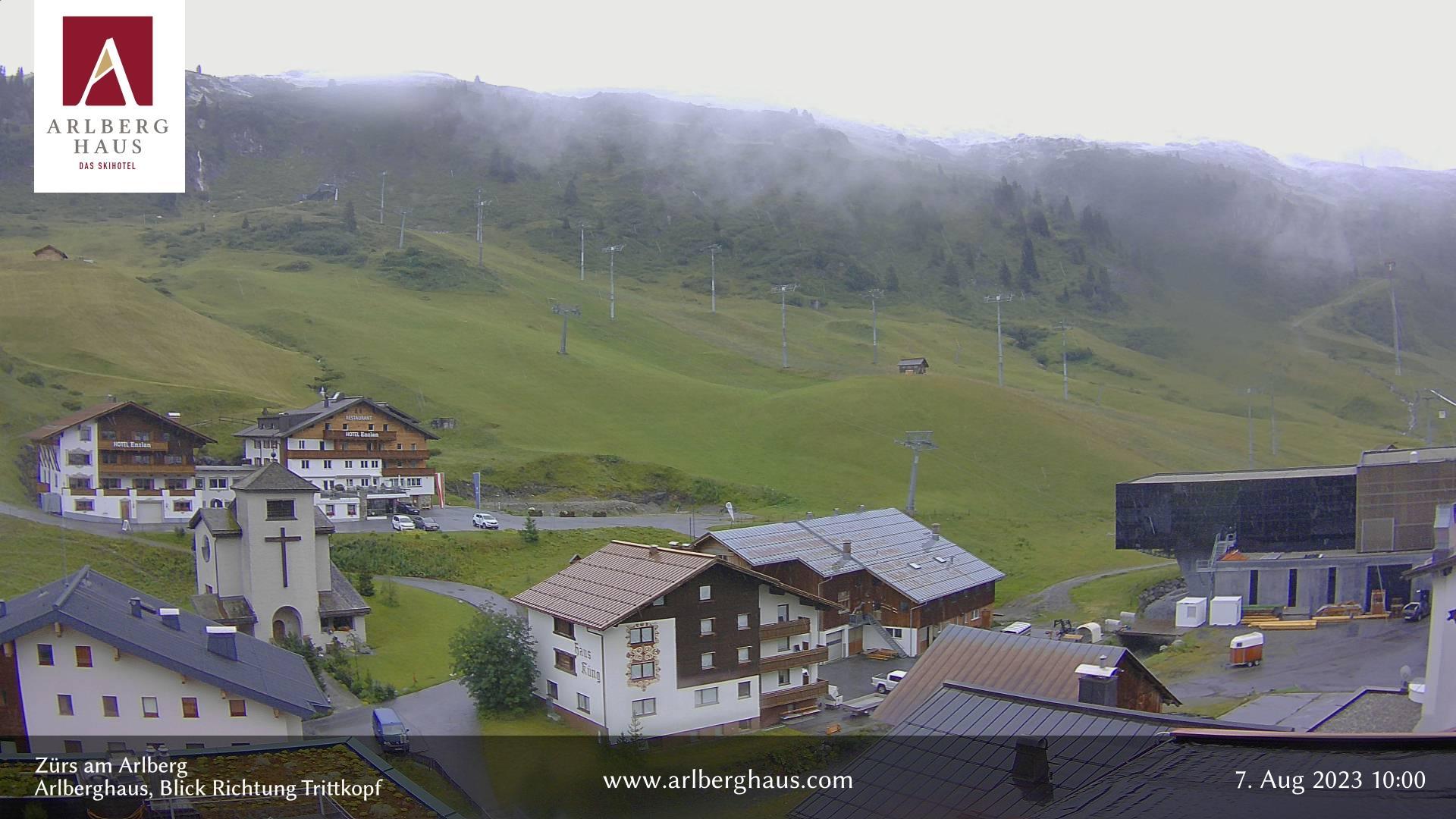 Webcam Zürs am Arlberg: Trittkopfbahn, Talstation − Zürs