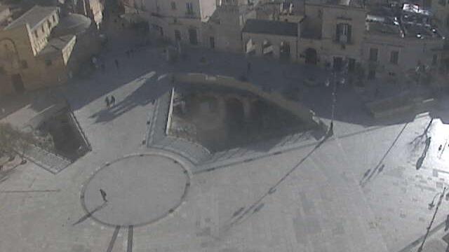 Webcam Matera: P. Vittorio Veneto − Zona Ipogei