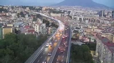 Webcam Capodichino: A56 Tangenziale Napoli/Naples Bypass