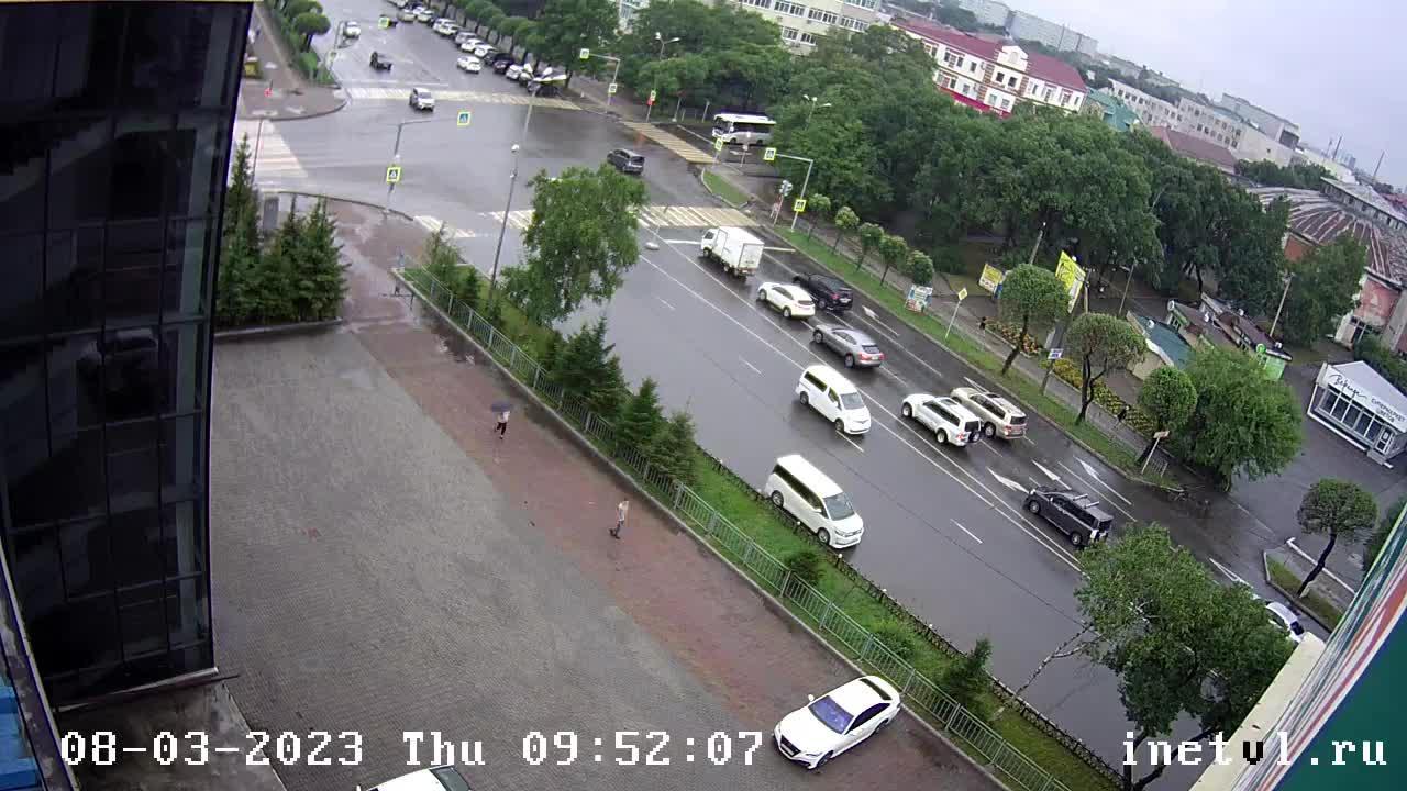 Webkamera Ussuriysk: Чичерина 105 Перекресток Чичерина − Кра