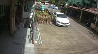 Phuket > East: Karon - Welcome Inn Karon street cam - Current