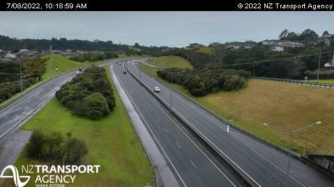 Webcam Greenhithe › East: SH18 − Rd