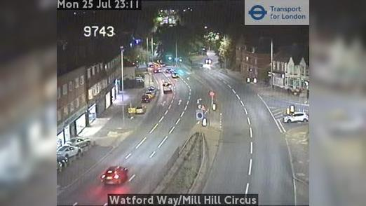 Webcam Barnet: Watford Way/Mill Hill Circus