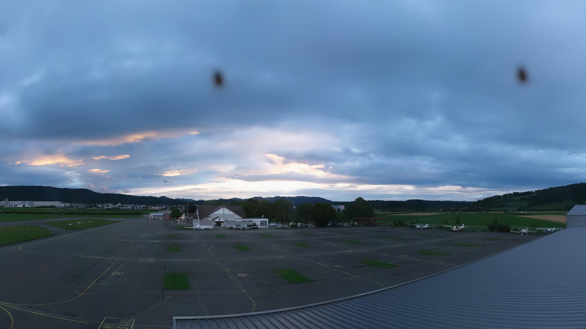 Webcam Flugplatz Birrfeld: Birrfeld