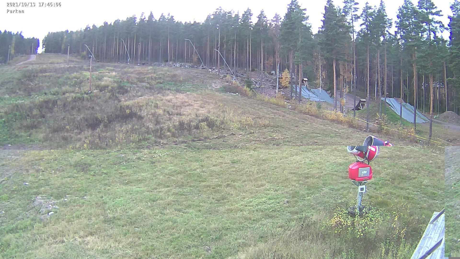 Webkamera Källviken: Källviksbacken − Parken