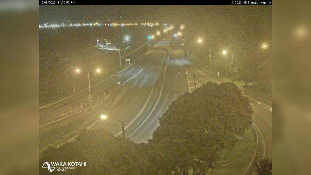 Webcam Korokoro › South: SH2 Petone