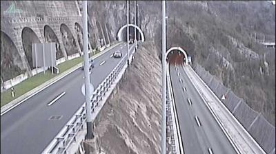 Current or last view from Rijeka: Primorsko Goranska Autocesta A7/E61, tunel Katarina, view in the direction of junc