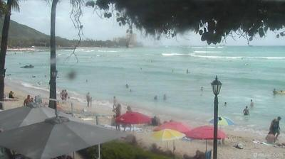 Webcam Waikīkī: Honolulu − Sheraton Moana Surfrider