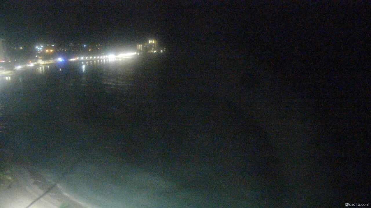Webcam Waikīkī: Honolulu − The Royal Hawaiian