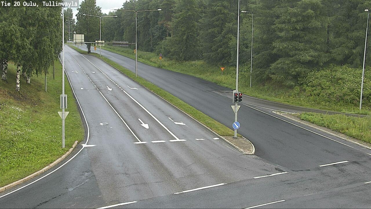 Webcam Oulu: Tie 20 − Tullinväylä − Katu Ruskoon
