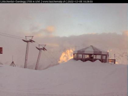 Lauchernalp: Lötschental-Gandegg, Gletscherbar