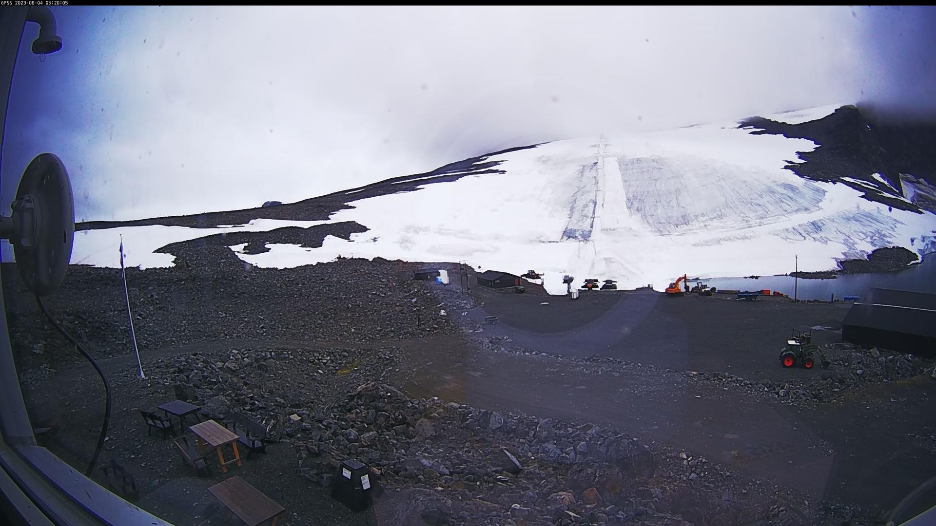 Webcam Visdalen: Galdhøpiggen skisenter − Sommerskisenter