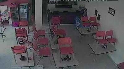 Webcam Londrina: Pizzaria Massa Fera − Av. Robert Koch, 5