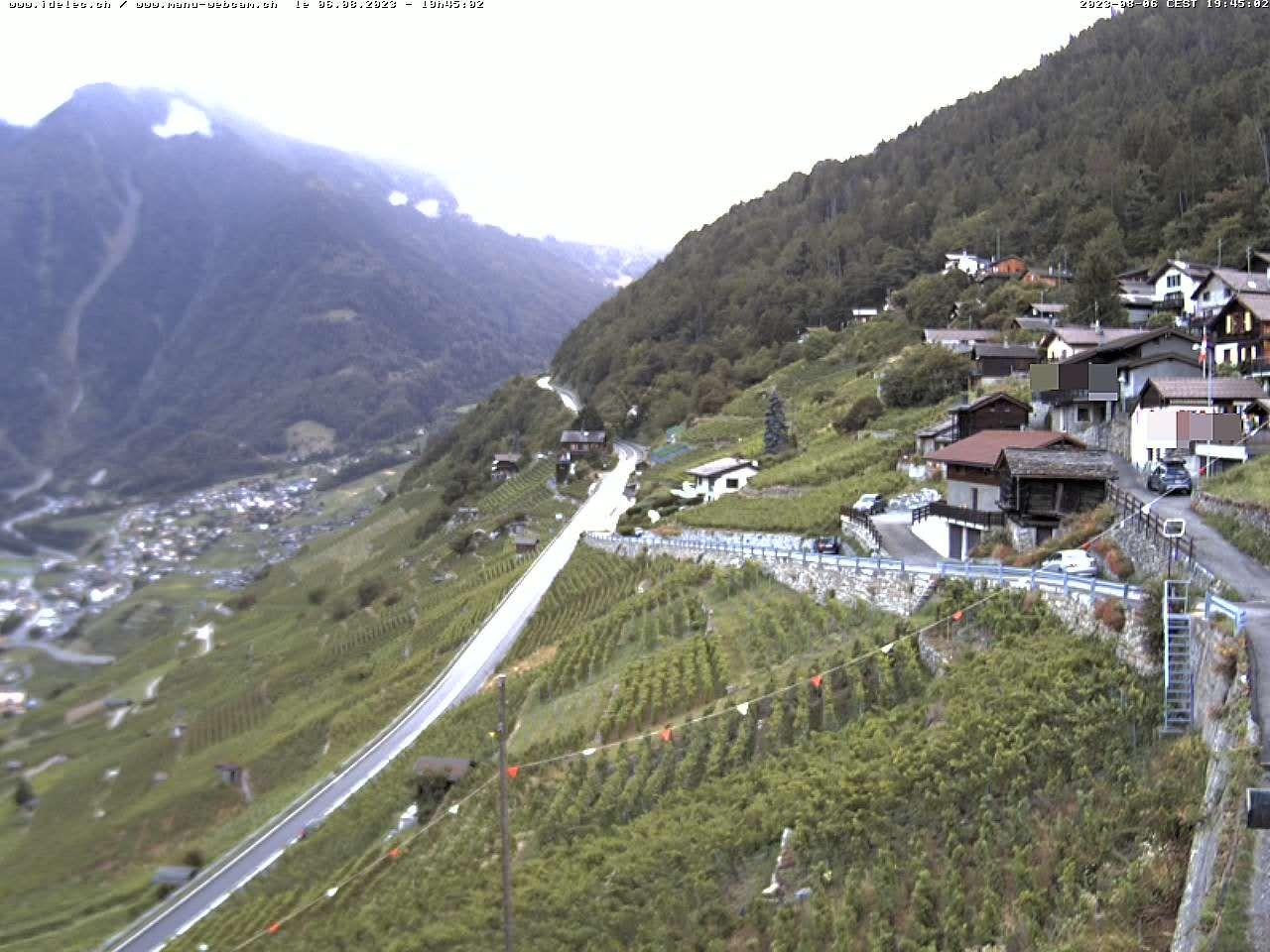 Ravoire: Vue sur la route du Col de la Forclaz sur Martigny Valais - France