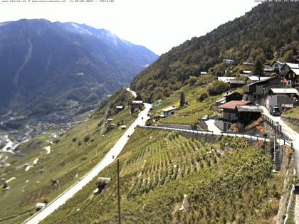 Ravoire: Vue sur la route du Col de la Forclaz sur Martigny - France