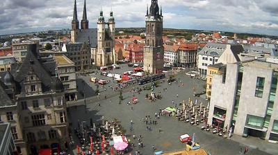 Daylight webcam view from Halle: Marktplatz Halle