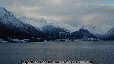 Daylight webcam view from Isfjorden
