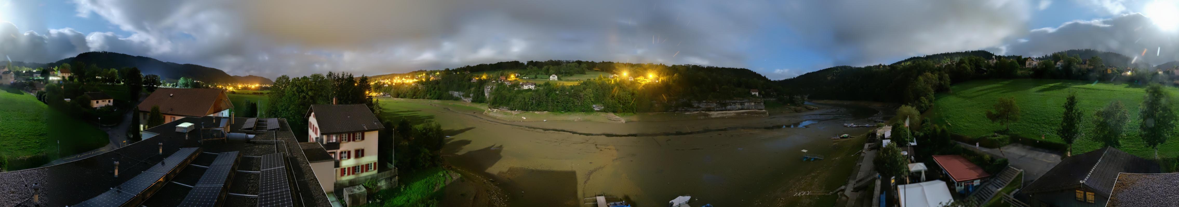 Les Brenets: Pays du Saut du Doubs