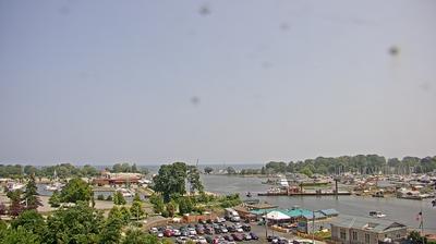 Vista de cámara web de luz diurna desde Charlotte: Genesee River