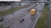 Vastra Jakobsberg: Tpl Barkarby �stra (Kameran �r placerad p� E Hjulstav�gen mellan trafikplats Barkarby och trafikplats Hjulsta och �r riktad mot Stockholm) - Day time