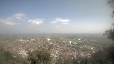 Thumbnail of Air quality webcam at 12:08, Mar 8