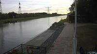 Hengelo › South-West: View on the Twente canal fromout Rowing club Tubantia