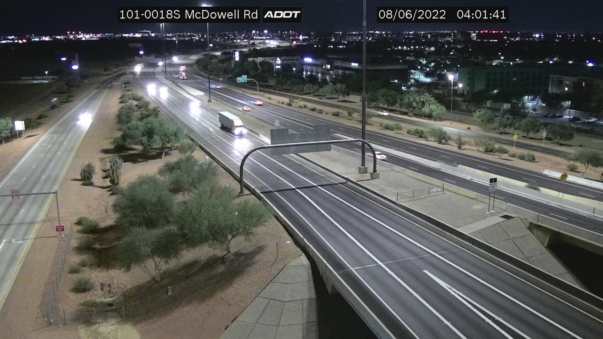 Webcam J and M Trailer Park: Loop 101 South at Mcdowell R