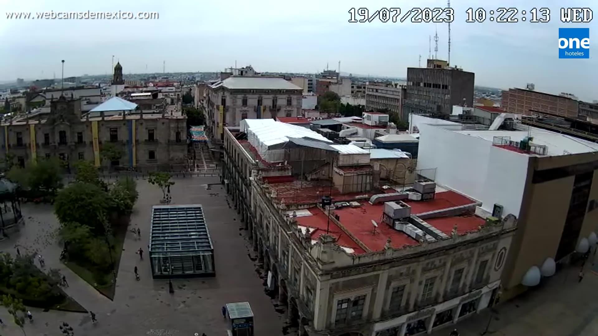 Webcam Guadalajara › North-East: Plaza de armas