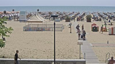Daylight webcam view from Bibione › South: Vista della spiaggia di