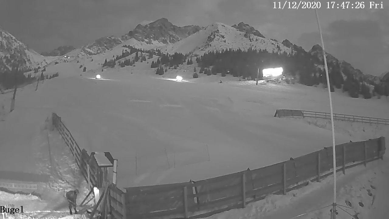 Webcam Gornyy Sadovod: Almaty − Shymbulak Ski Resort
