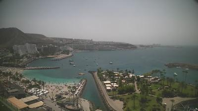 Daylight webcam view from Patalavaca: Anfi Del Mar