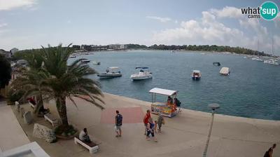 Daylight webcam view from Novalja: Croatian sailors Promenade