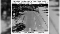 Wilsonville: Clackamas Co - Parkway at Town Center Loop - Overdag