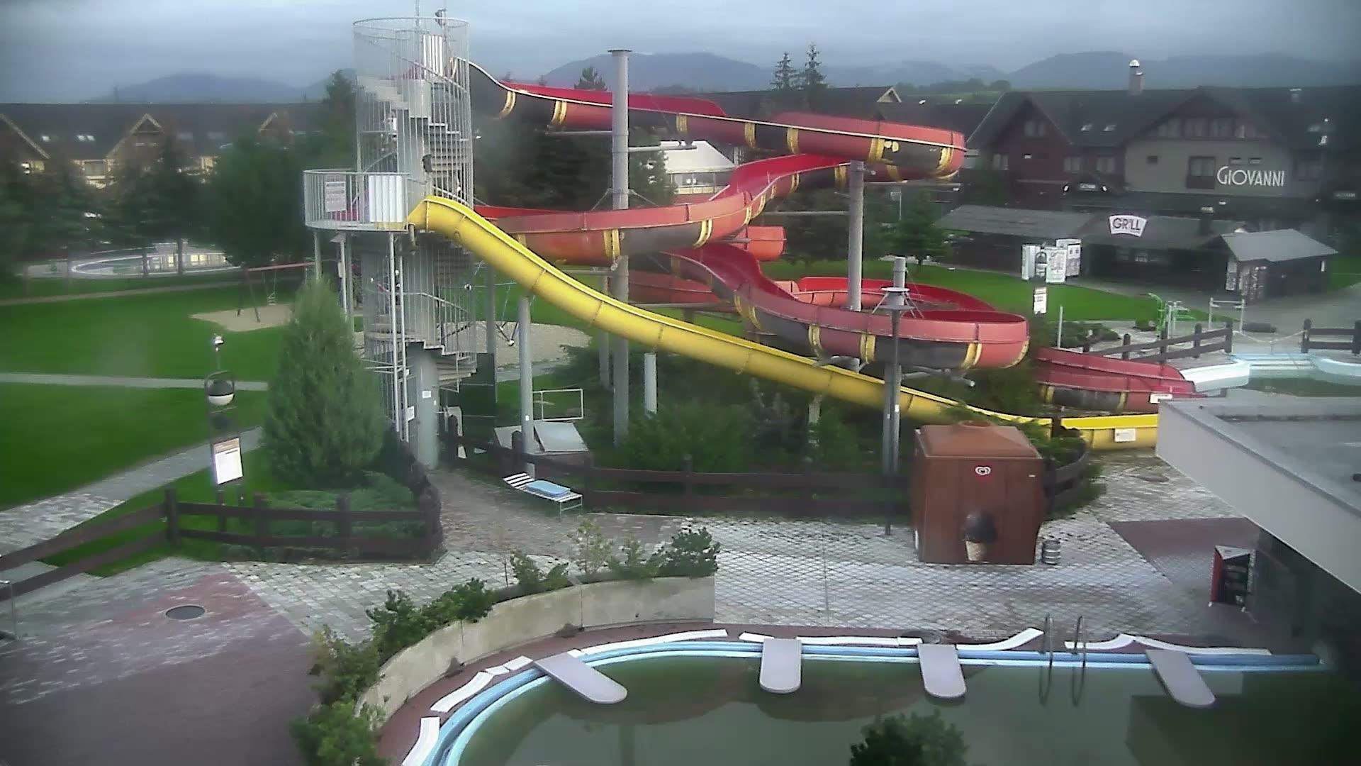 Webcam Liptovský Michal: Bešeňová − Gino Paradise