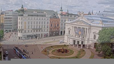 Vue webcam de jour à partir de Brno › West: › West: Malinovského náměstí (Mahenovo divadlo)