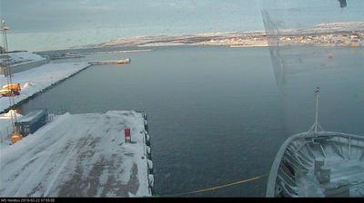 Webkamera Tjørnsøya: Hurtigruten − MS Nordlys