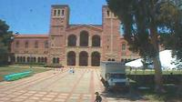 Los Angeles: UCLA BruinCam - Live view of Dickson Plaza and Royce Hall - Dia
