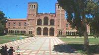 Los Angeles: UCLA BruinCam - Live view of Dickson Plaza and Royce Hall - El día