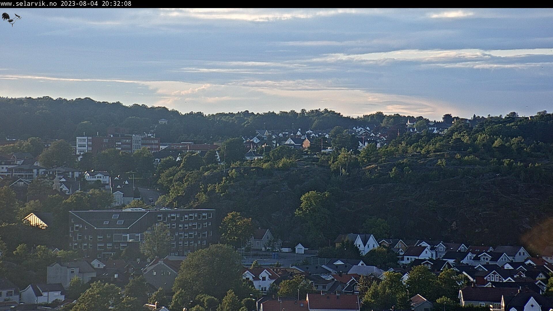 Webcam Fredenshavn bru: Larvik − Mesterfjellet