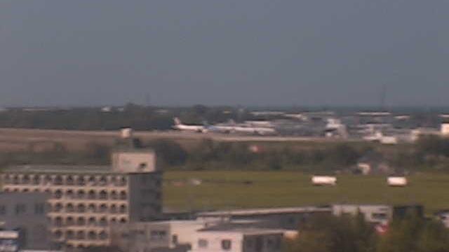 webcam 小松: Komatsu Airport (小松空港)