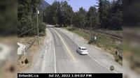 Chilliwack > East: , Hwy  at Deroche Rd and Nicomen Rd railway crossing, looking east - Overdag