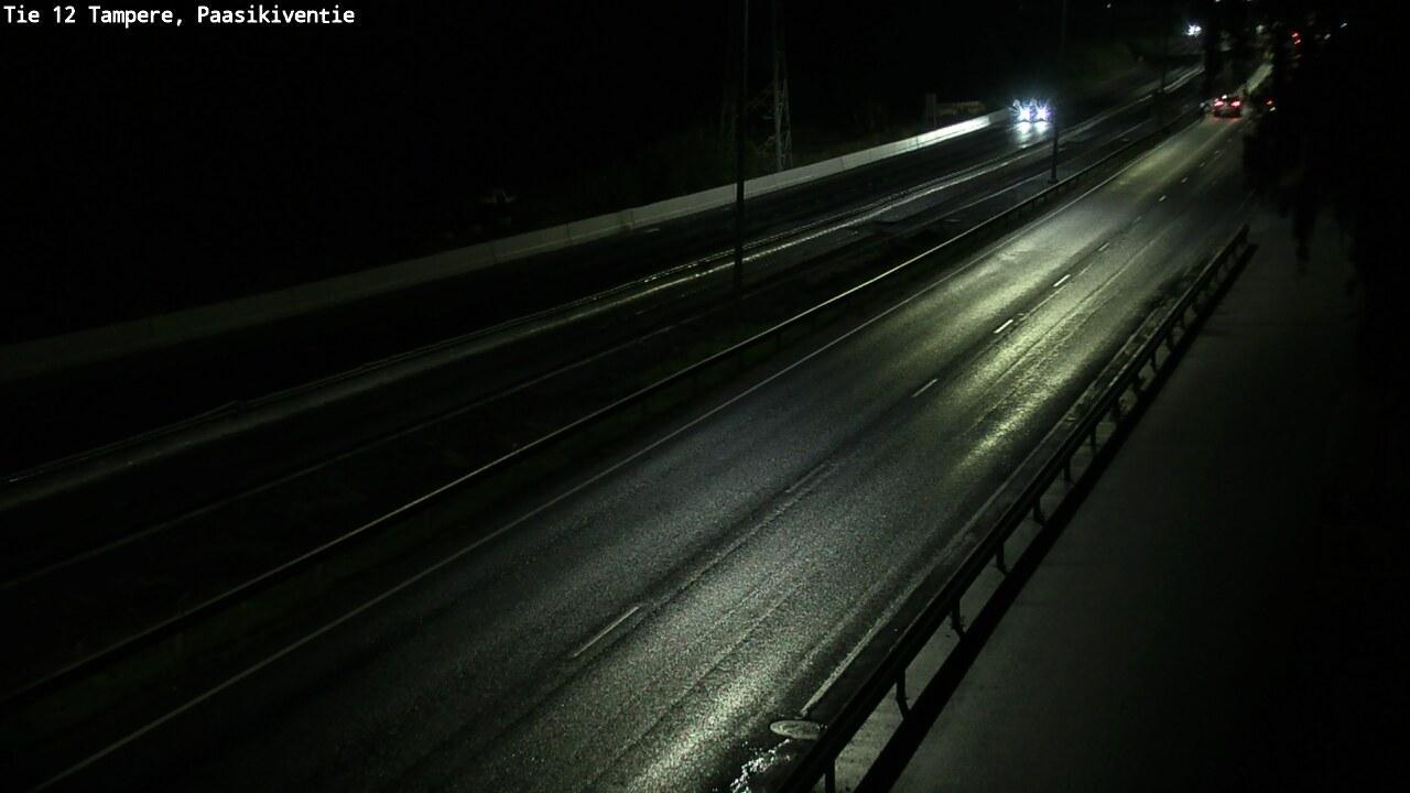 Webcam Tampere: Tie 12 − Paasikiventie − Lahteen