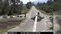 Chilliwack > West: , Hwy  at Deroche Rd and Nicomen Rd railway crossing, looking west - Overdag