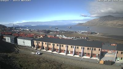 Current or last view from Longyearbyen › North: Panorama
