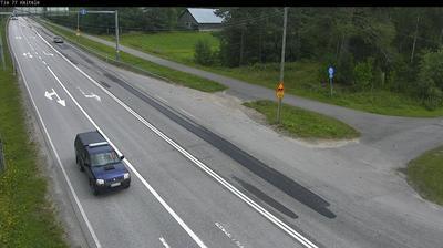 Daylight webcam view from Keitele: Tie 77 − Siilinjärvellle