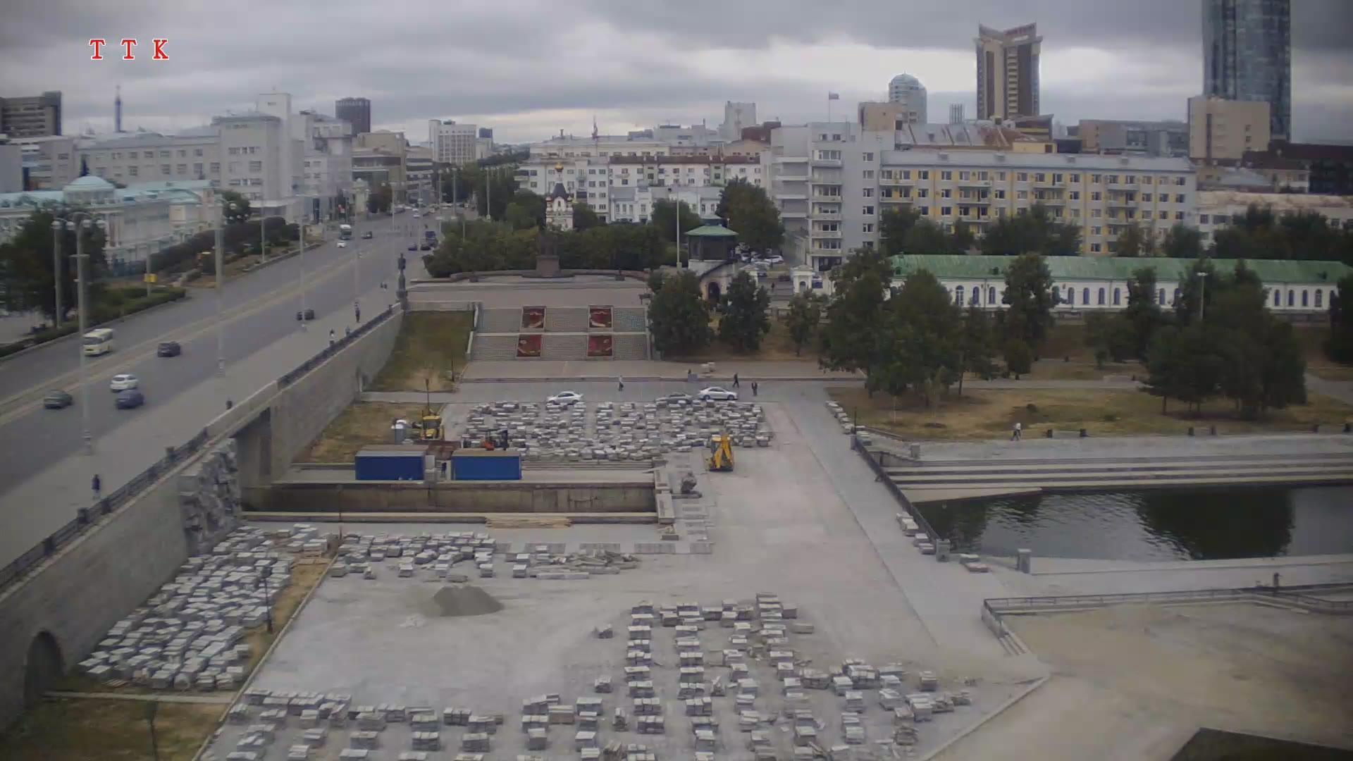 Webcam Listvennyy › East: Екатеринбург, Плотинка