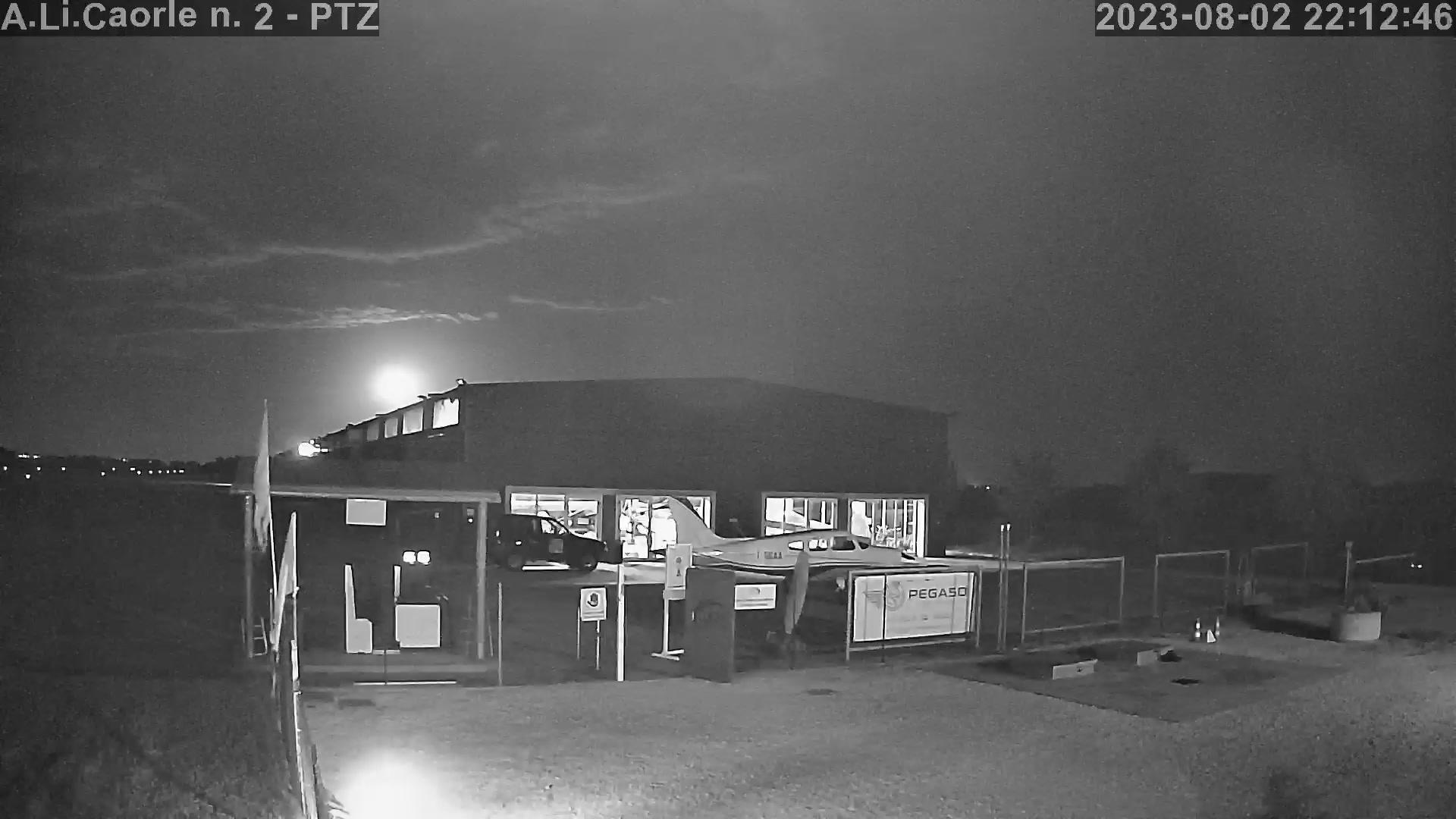 Webcam Caorle › East: Aviosuperficie del Litorale di Caor