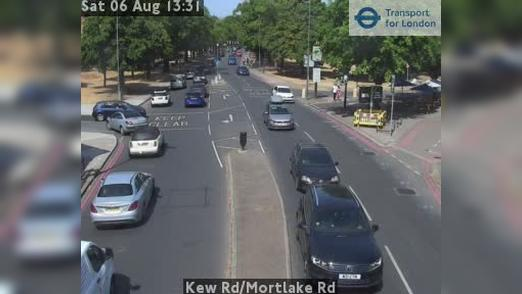 Webcam Acton: Kew Rd/Mortlake Rd