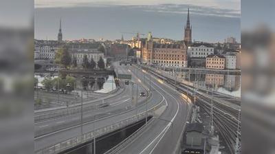 Stockholm: Tegelbacken S (Kameran är placerad på Centralbron i höjd med Tegelbacken och är riktad mot Nynäshamn)