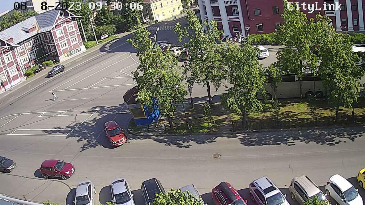 Webcam Petrozavodsk: Перекресток Гоголя и Красноармейской